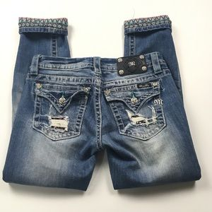 Miss Me Signature Cropped Distressed Jeans Sz 28